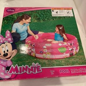 Minnie Mouse Inflatable Pool
